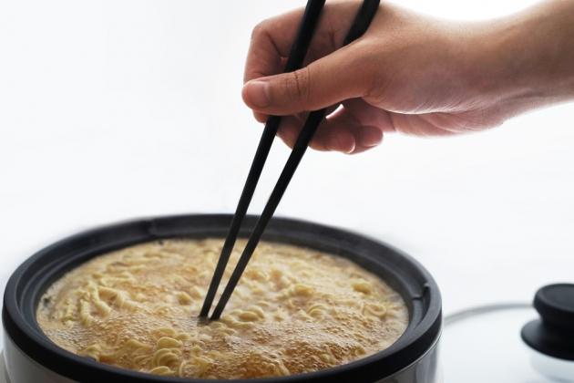 Balanced Chopsticks Rest 8